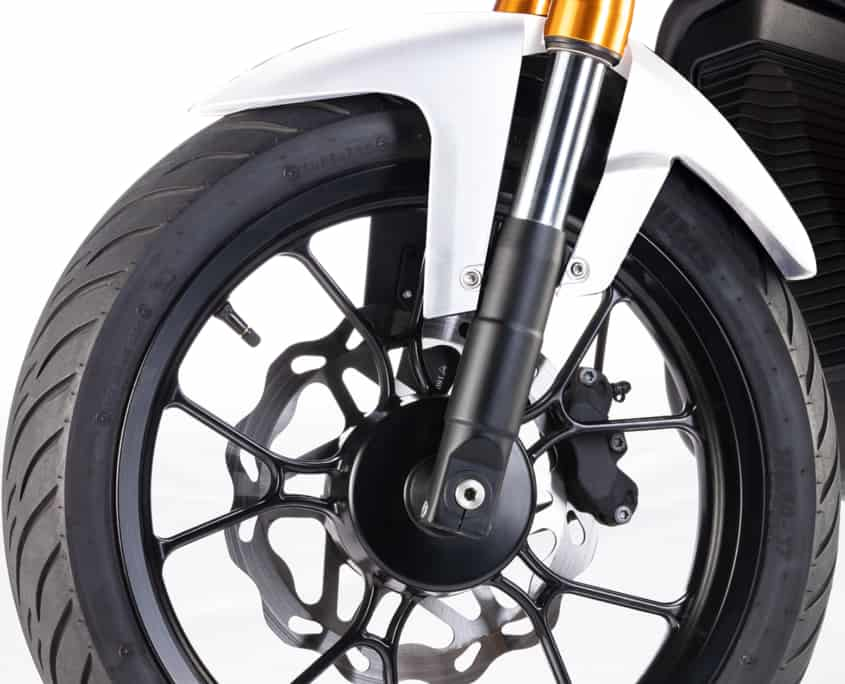 NUUK Gen Cargo moto eléctrica llanta