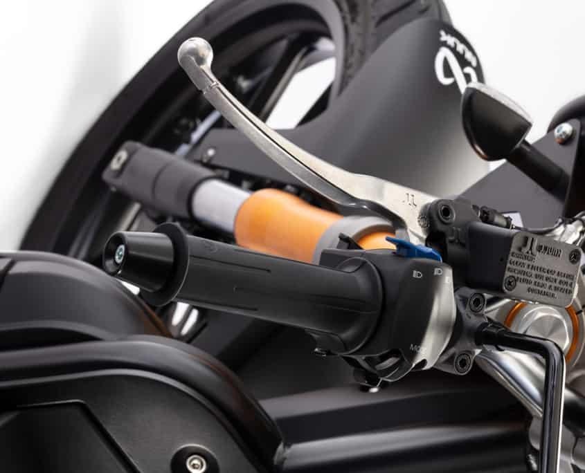 Nuuk moto eléctrica Gen Tracker